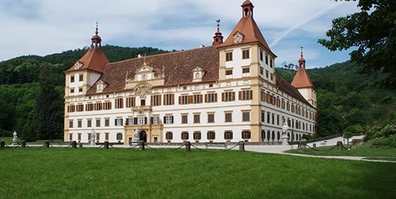 Schloss Eggenberg Frontalansicht